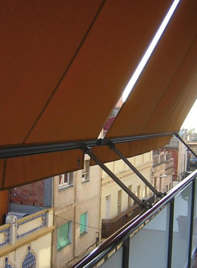 Toldo-para-balcones-02